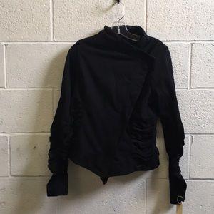 lululemon athletica Jackets & Coats - Lululemon black sweat jacket w/ rushing sz 8 57538
